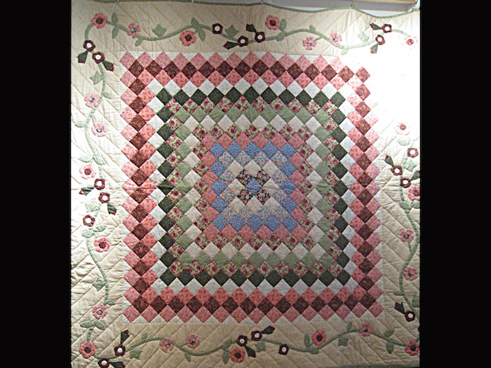 Janice White Quilt on Display at Dark Star Fabrics