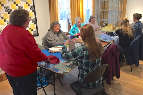 Janice White Leads a Quilting Class at Dark Star Fabrics