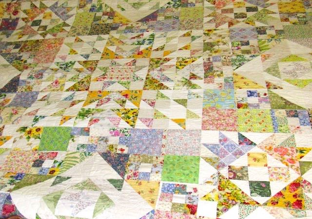 Scrap Friday Quilt by Rachelle Knight